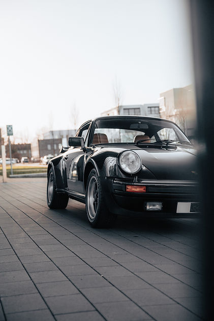 Porsche 911 3.3 Turbo.jpeg