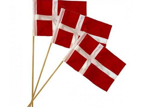 DGA Danish Flag w. top in red, 3pcs/bag, Flag 20x28 cm,  fabric, Wood stick 47cm