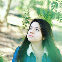 Portraits at the park with __lovely_cynt