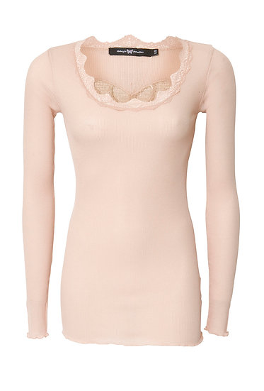 Basic top with lace