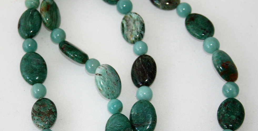 Helen West Green Amazonite Beaded Necklace
