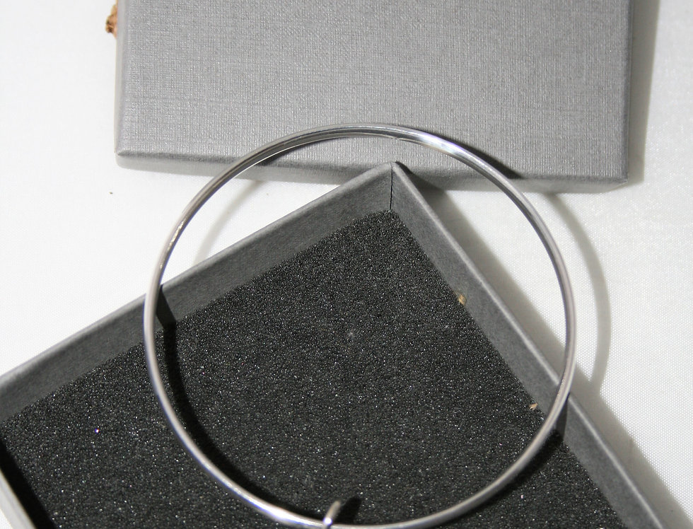 Amy Leigh Solid Silver Resin Rock Bangle