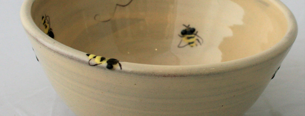 Michelle Lowe Bee Cereal Bowl
