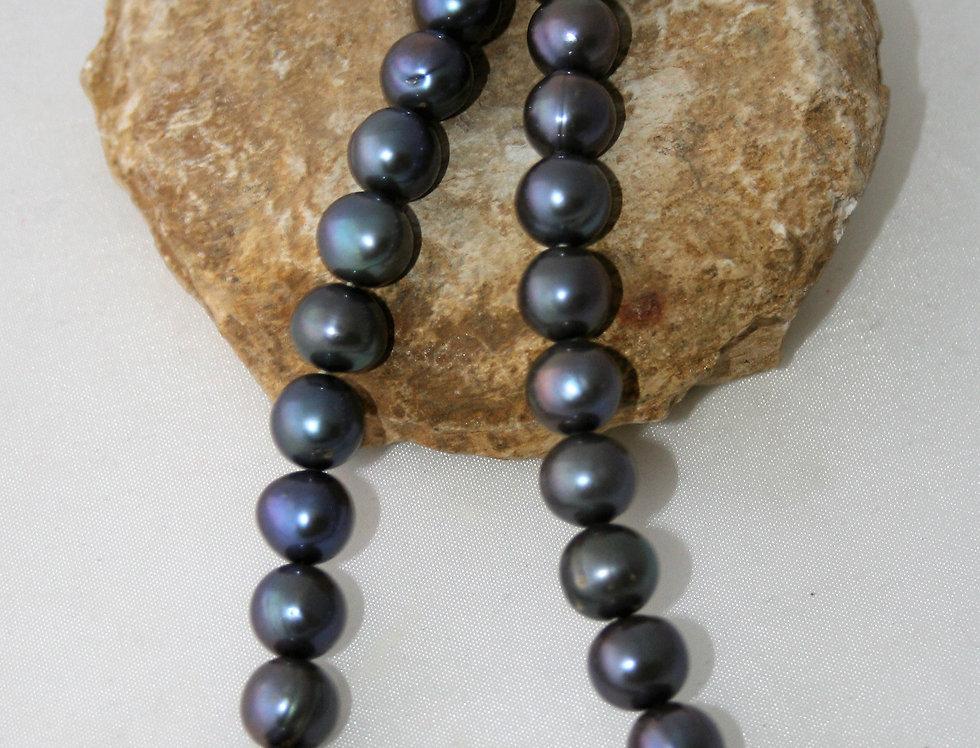 Helen West Grey Pearl Beaded Necklace