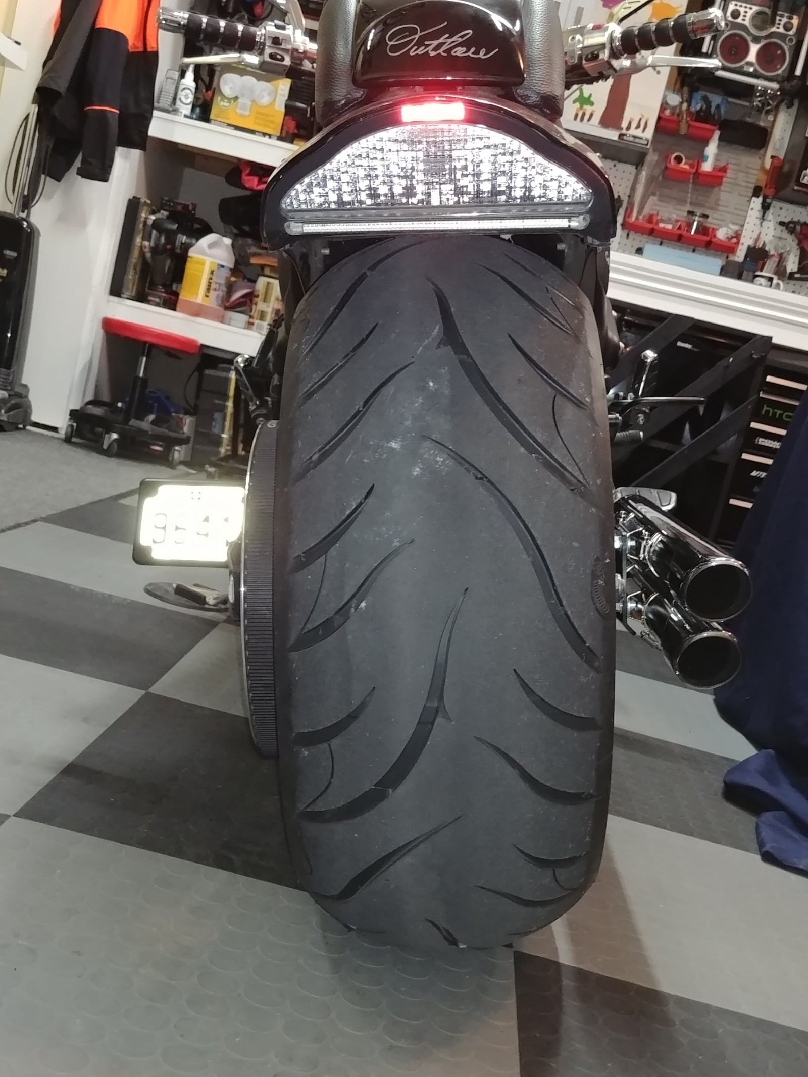 Canadian wide tire customer
