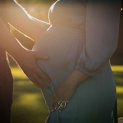 Gabrielle + Troy Maternity Session