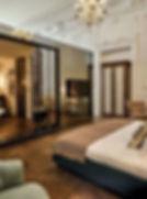 chambre-avec-salle-de-bain-luxe-porte-co