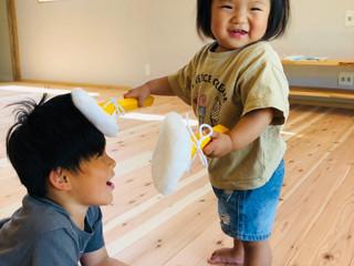 家族で床塗り