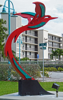 Gus-Lina-Hummingbird-Public_Art (1).jpg