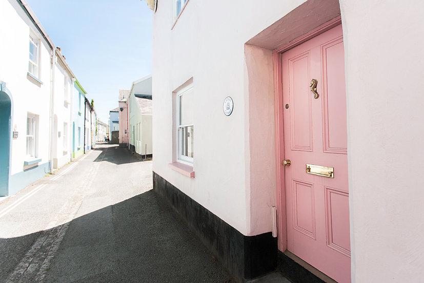 Irsha Street Appledore North Devon Self catering Catboat cottage Sleeps 8.jpg