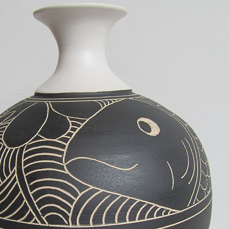 Jane Bridger-Fat bottle with black fish_