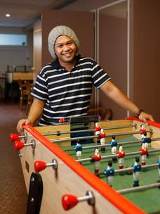 Christian a 21 ans. Jeune philippin, il est engine cadet à bord du HAPPY PELICAN.
