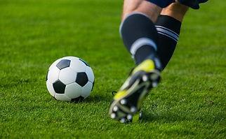 foot joueurs ballon.jpg