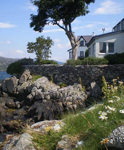 The house from the rocks