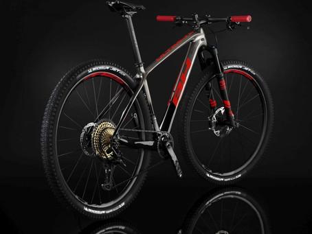 Las BH Lynx Race y Ultimate renuevan equipamiento y estética para seguir siendo referencia en el XC