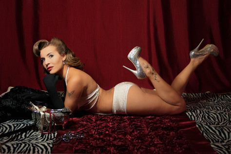Charlie Burgio Photography Burlesque-2.j