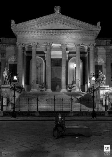 Il Teatro Massimo protagonista della foto chiave della Mostra Virtuale