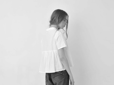 kelen Back pleated blouse