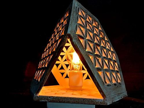 Lampe fleur de vie 3 faces ajourées -  Sharanga Design