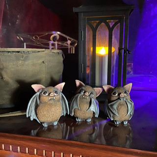 Three Wise Bats £20