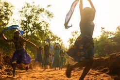 Extrait documentaire Des vies dansent réalisé par Leïla Macaire et Nina Barbé