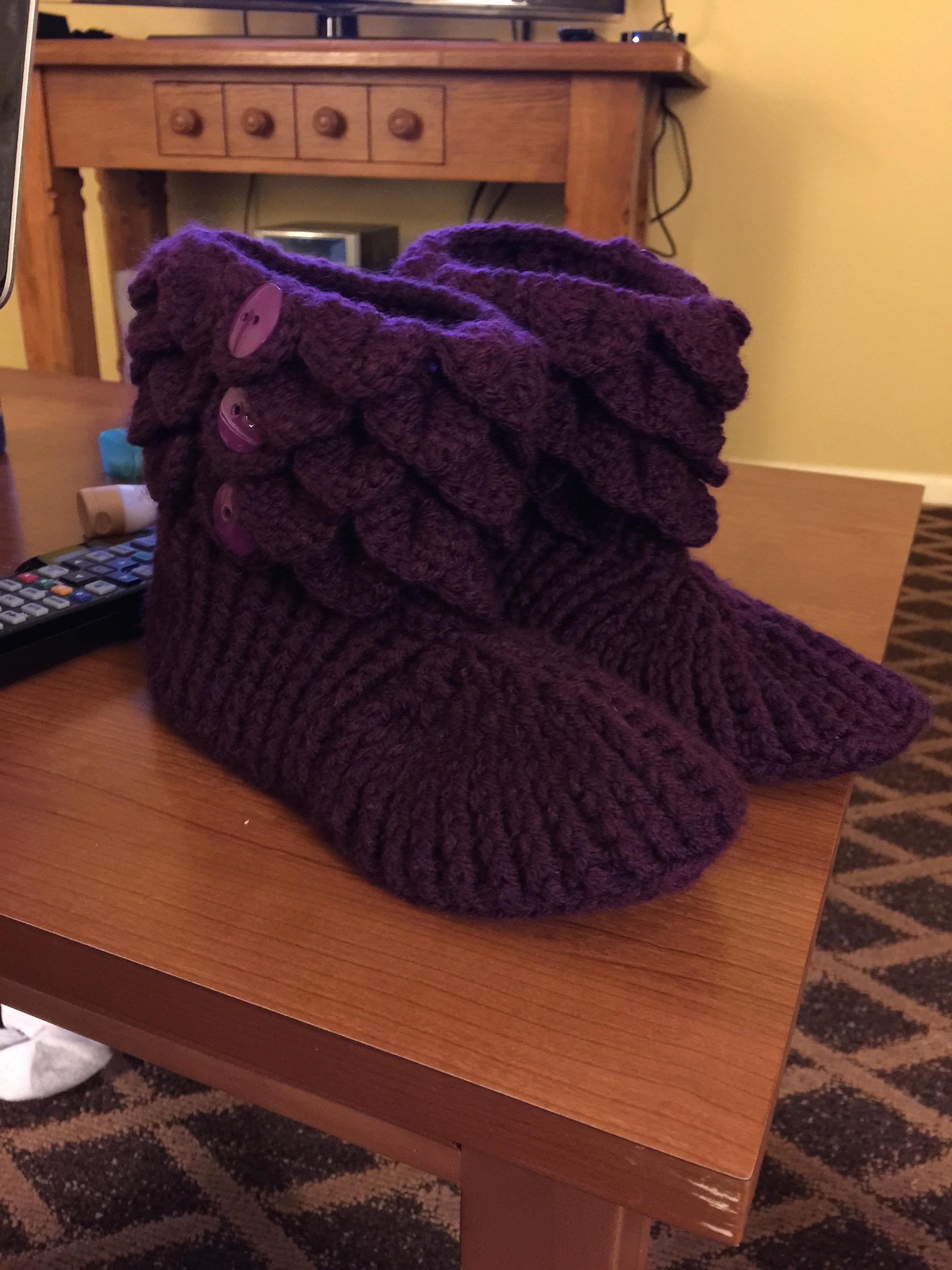 Crochet Crocodile Cuff Slipper