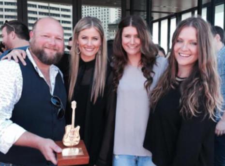 The McClymonts Golden Guitar Award Winners 2014