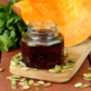 PumpkinSeedOil_OIL65_Beauty_A.jpg