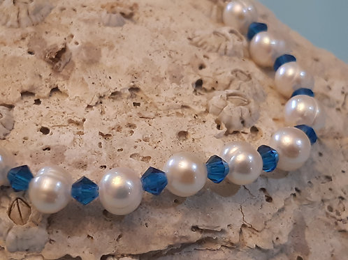 Freshwater Pearl  Bracelet  with Royal Blue Crystals