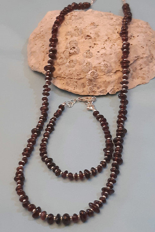 Garnet Necklace & Bracelet
