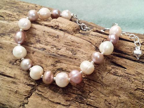 Lavender and Cream Freshwater Pearl Bracelet