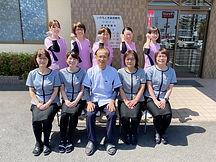いわもと耳鼻咽喉科医院のスタッフ集合写真