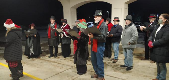 2020 Choir Christmas Caroling 8