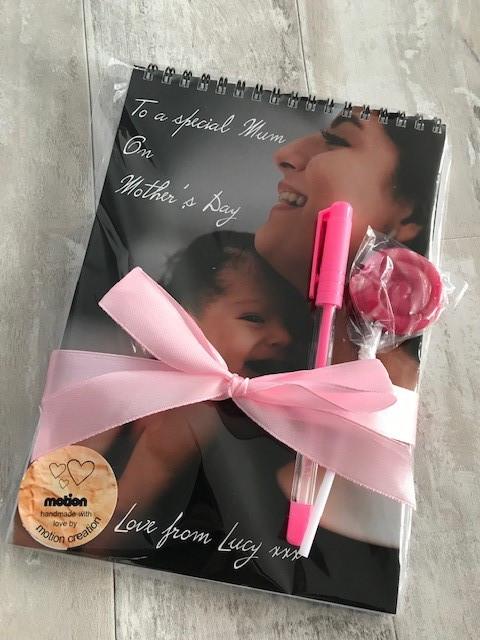 mum and baby ribbon.jpg