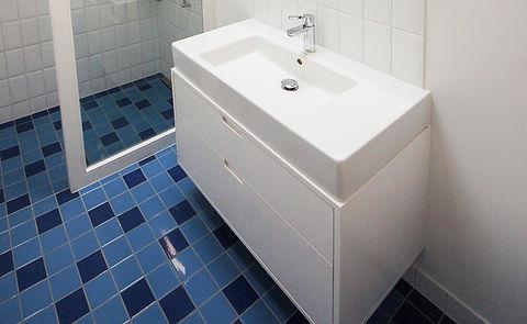 winkler-schreinerei-innenausbau-rueschlikon-bad-waschtisch-waschtischmoebel