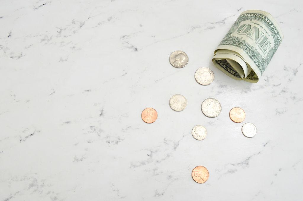 фотографировать деньги примета