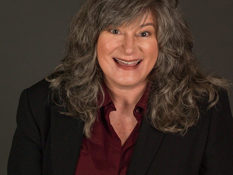 Meet The Comedians: Jenni Lou Russi