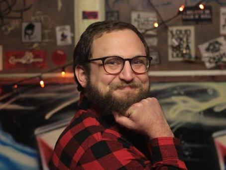 Meet The Comedians: Max Fine