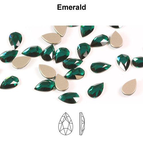 Timantit Pear Emerald 8x5mm