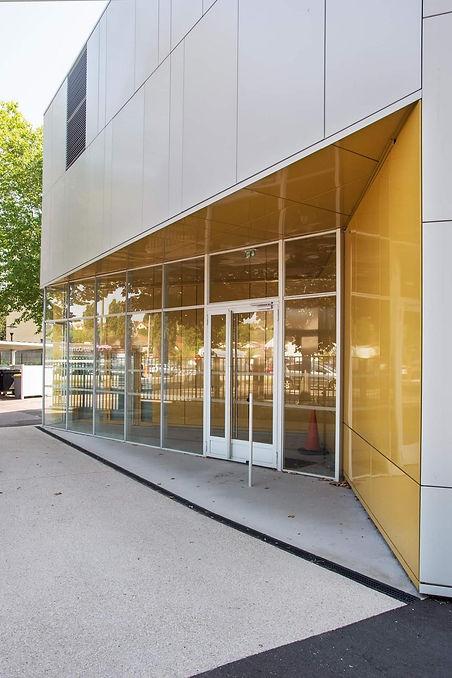 Photo de l'extérieur du Collège Chantemerle à Corbeil-Essonnes