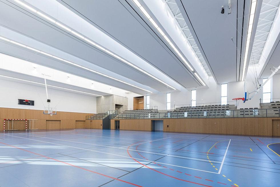 Photo de l'intérieur du gymnase Frédérique Bronquard à Tinqueux