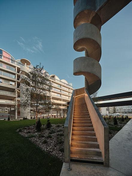 Photo des logements étudiants et du parking à Palaiseau