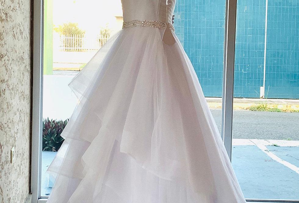 990-Spaghetti Straps Neckline Ball Gown