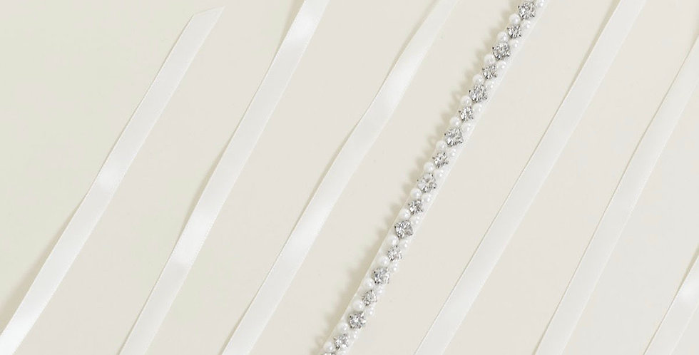 PV2071-Linear Pearls Crystals Bridal Sash