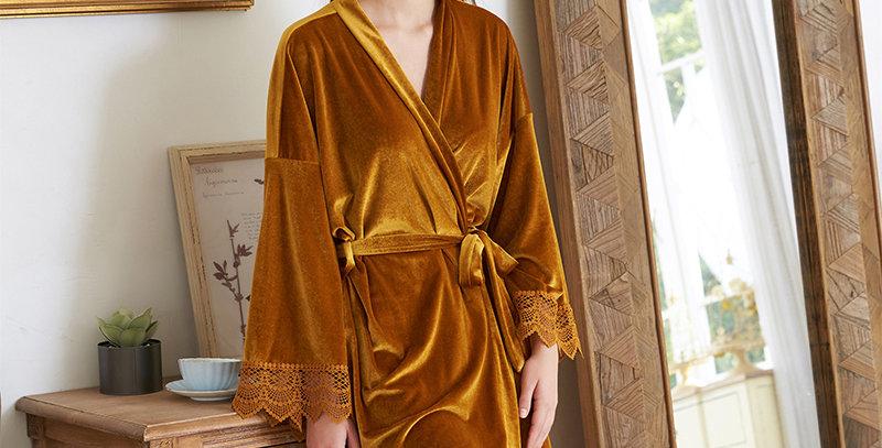 6031 Velvet Robe