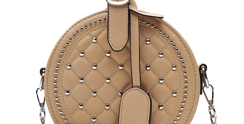PVR004-Chain Lattice Pattern And Rivet Round Cake Bag