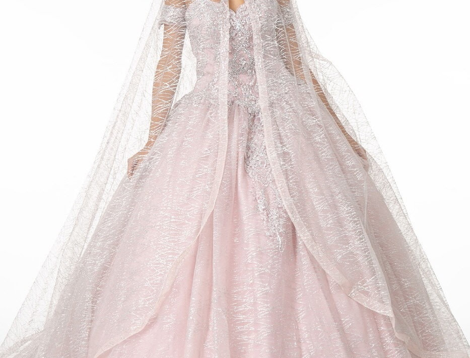 2914-Sweetheart Neckline Glitter Mesh Quinceañera Dress w/ Cape