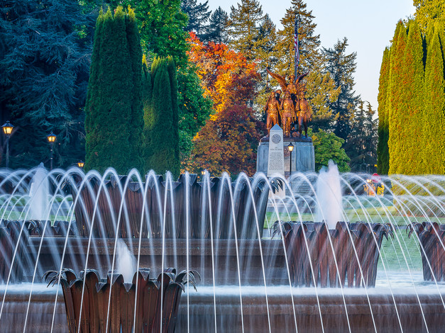 Tivoli Fountain and Winged Victory 2, Capitol Campus, Olympia, Washington