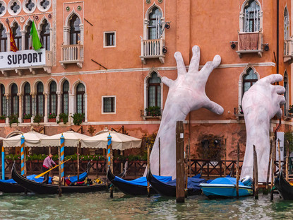"""""""Support"""" by Lorenzo Quinn, Venice, Italy"""