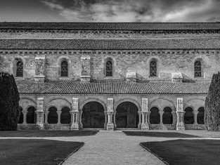 Cloister, Fontenay Abbey, Burgundy, France